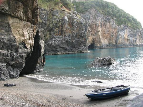 Paddling the Calabrian Coast in an Inflatable Kayak