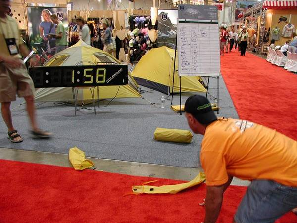 Sierra Designs Tent Pitching Racing 2